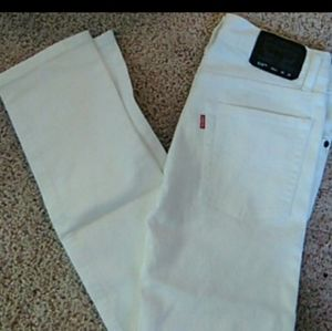 #FREE Levi's destroyed jeans.size